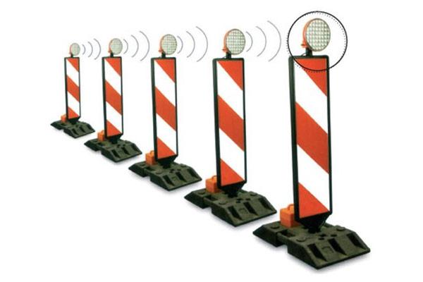 segnaletica-stradale-luminosa-sicurezza - RAGI - Macchine ...